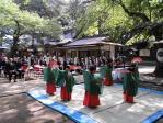 八乙女らの「浦安の舞」