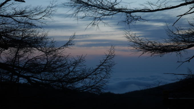 高峰温泉20130515-雲海01