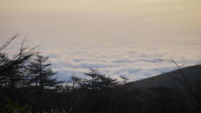 高峰温泉20130515-雲海03