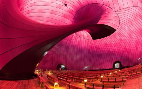 inflatable-concert-hall-designboom-03.jpg