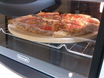 買ってきたピザを温め直す