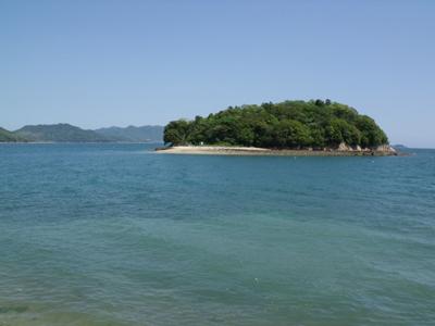 瀬戸内海に浮かぶ小島