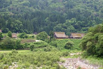 夏休みは白川郷へ遊びに来ませんか? 家族旅行やお友達同士の旅行など、グループ旅行にオススメ ⑤