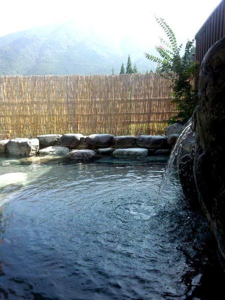 いい湯だな♪大白川温泉 しらみずの湯 ①