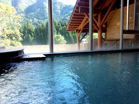 世界遺産 白川郷合掌集落に最も近い、秘湯~源泉かけ流し天然温泉~①