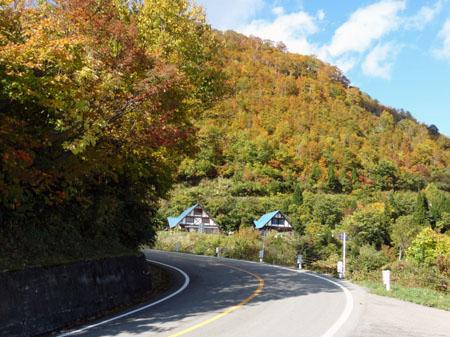 白山スーパー林道(岐阜県) 蓮如茶屋 ④
