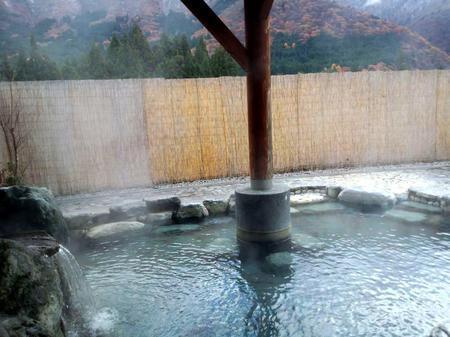 世界遺産白川郷合掌集落を散策した後は~足を延ばして平瀬温泉へ
