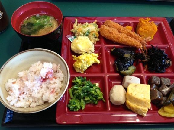 篠山市 黒豆の館・昼食バイキング2013・4月13日