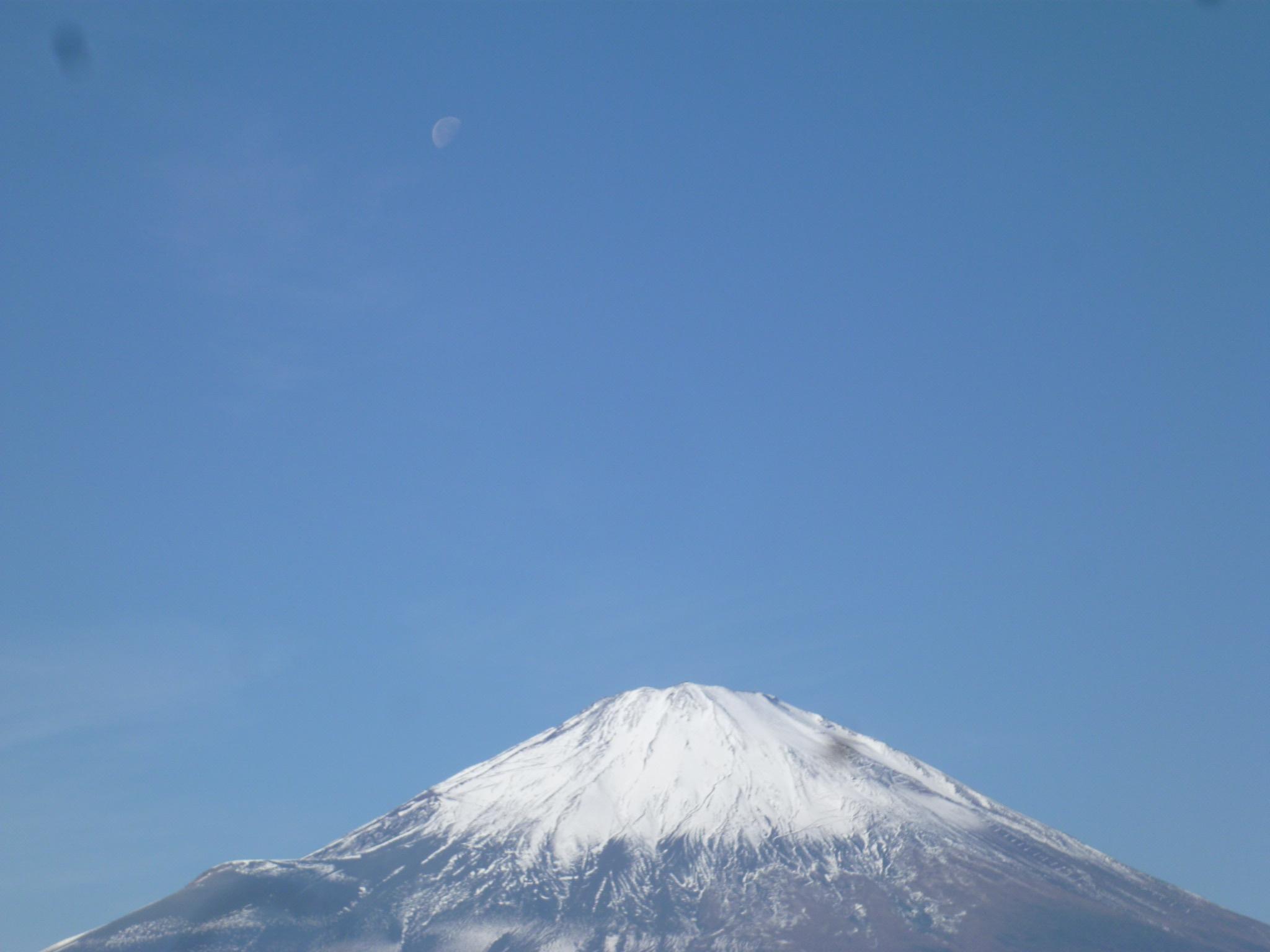 富士山と月