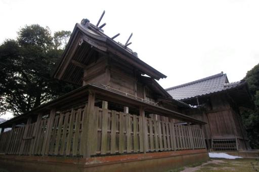 御井神社本殿