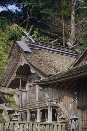 加賀神社の御本殿