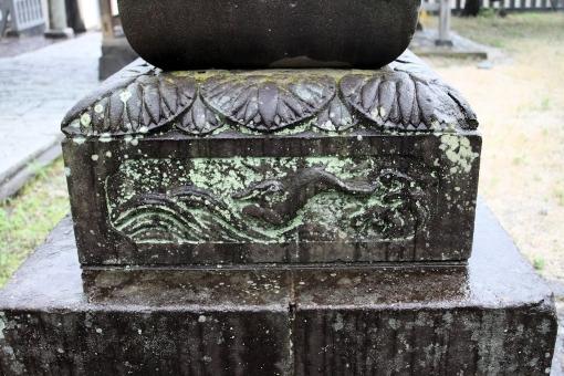 恵曇神社の波乗りウサギ