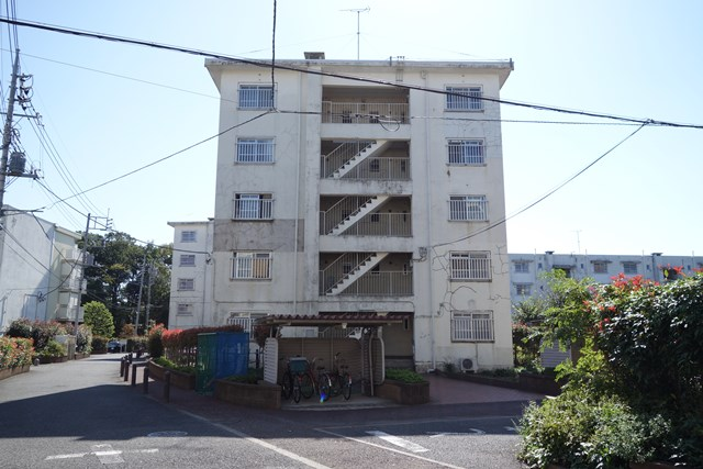東京都営仙川アパートのボックス型住棟