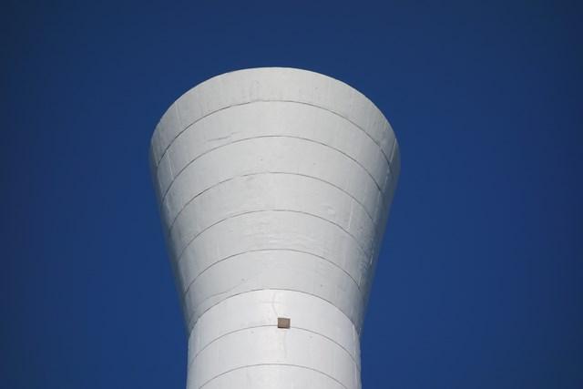 東京都営仙川アパートの給水塔頂部