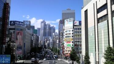新宿南口サザンテラス 04