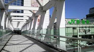 新宿南口サザンテラス 06