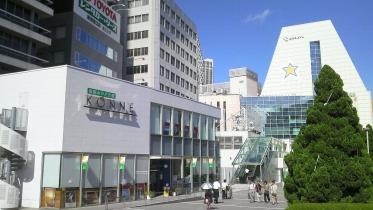 新宿南口サザンテラス 08