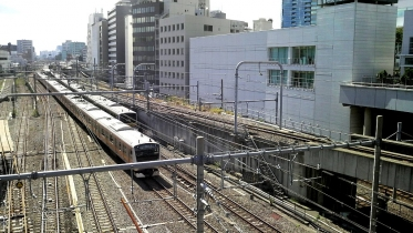 新宿南口サザンテラス 19
