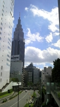 新宿南口サザンテラス 24