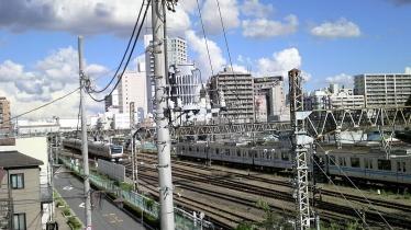 三鷹駅1-20