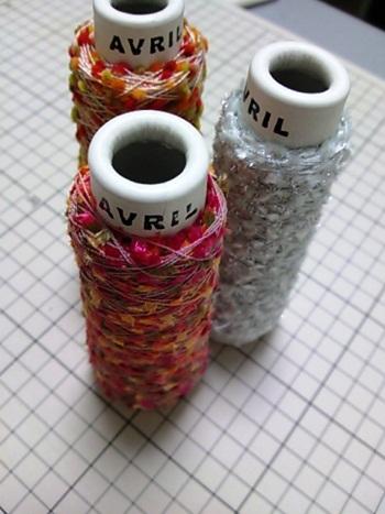 糸AVRIL