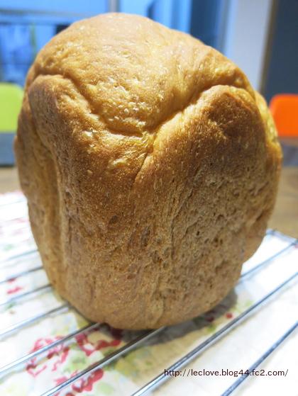 HBで食パン第一弾