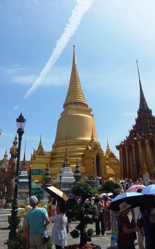 Phra Sri Ratana Chedi