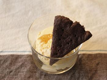 チョコクッキーとアイスクリーム