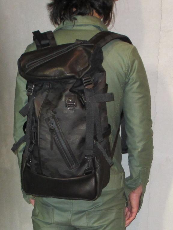 DECADECAMObackpackBLACK10.jpg