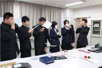 【視能訓練士科】プリズムバーの体験