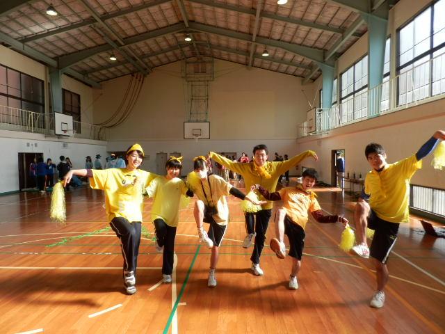 運動会黄色