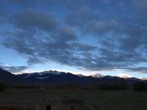 1-5山々に朝日が入る瞬間
