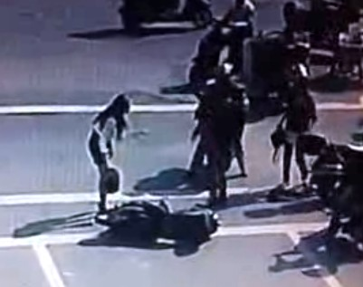 Fight breaks out after woman on scooter runs into another in China