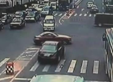 Father Rams Son's Car The Chases Him on Foot in China