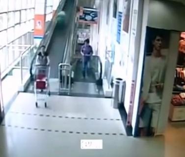 Runaway trolley in Shanghai supermarket kills 60-year-old woman