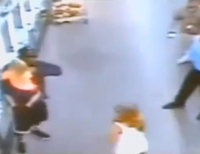 CCTV Shows Cop Shooting Dead Child Snatcher in Oklahoma