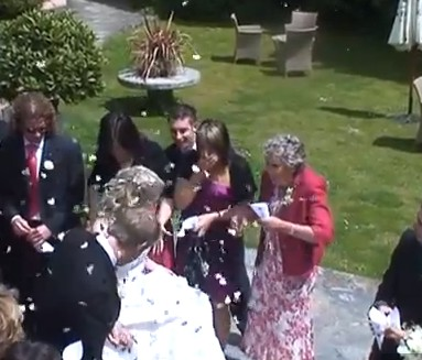 Pimmsgate - How not to throw confetti