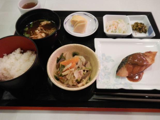 大阪オークス朝食 (1)