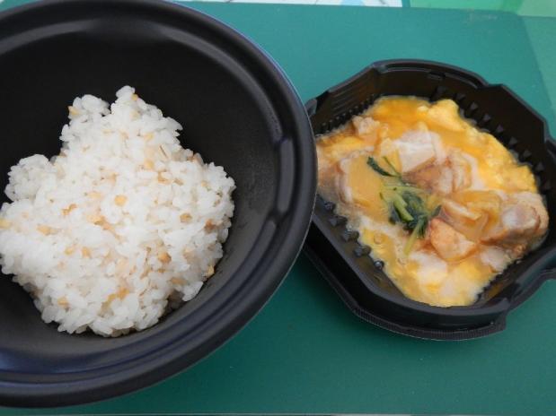 ローソン親子丼 (2)