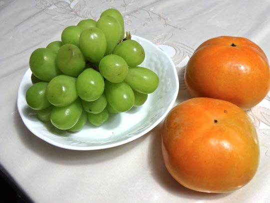 ロザリオビアンコと太秋柿