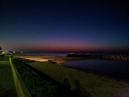 ホテル近くの夜景