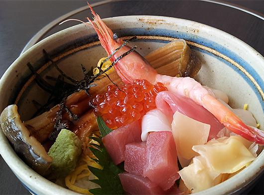 山海屋さんの海鮮丼