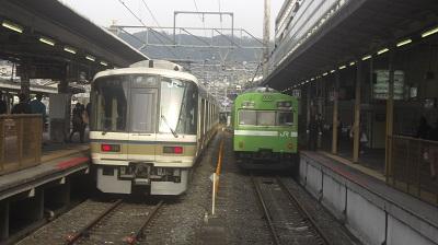 改良される京都駅奈良線ホーム
