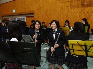 H250511総合開会式吹奏楽部