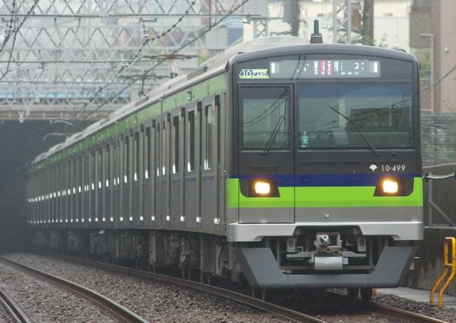 131005-toei-shinjuku-10-300-490F-499-2.jpg