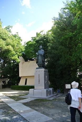 7 豊臣  秀頼公の像