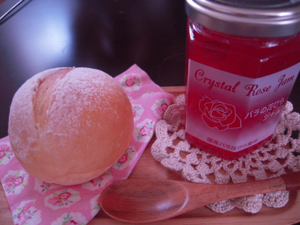 ミルクパンとクリスタルローズジャム☆