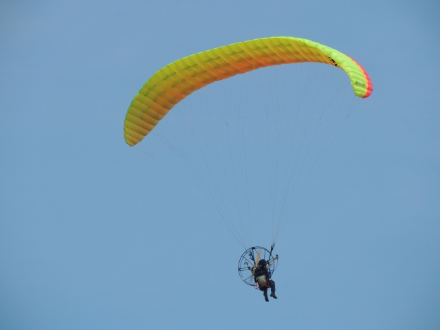 N2675空を飛ぶ