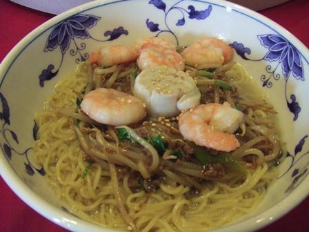 ツウリュウメン北京風和え麺