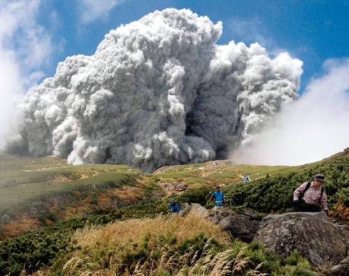 御嶽山噴火!